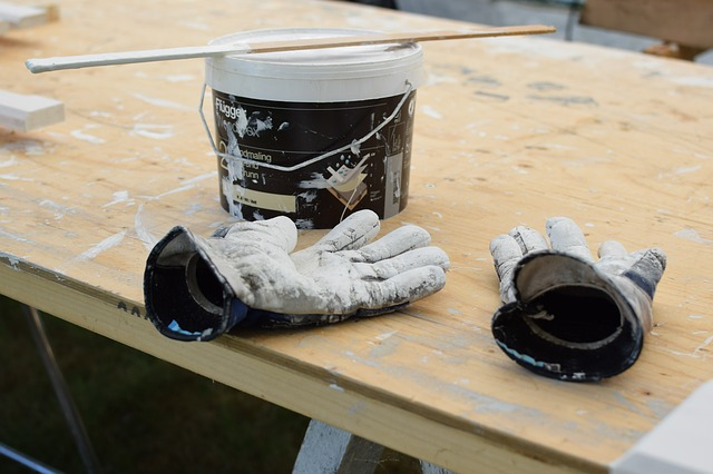 How to Dull Glossy Finish