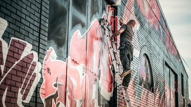 How to Fix Spray Paint Mistakes
