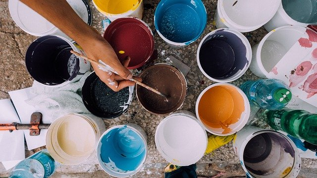 What Is The Difference Between Interior and Exterior Paint